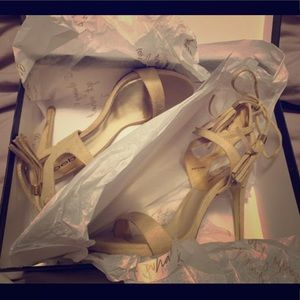 Bebe heels/ color NAT/ size 7. Used only once!